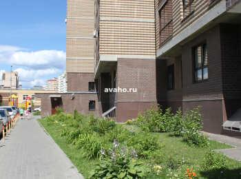 Придомовая территория (вид со стороны двора)